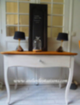 Bureau_style_Louis_XV_patiné_gris_perle_