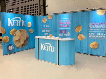 Portable-Display-Kettle-Foods-Twist-kit-