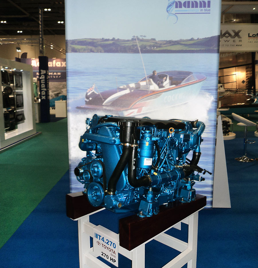 Engine Display and Light box on A R peachment exhibition stand