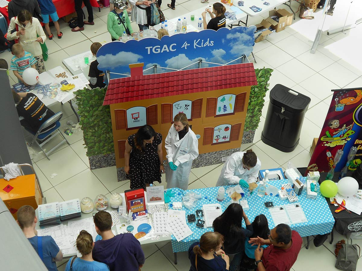 Custom Pop-up display - TGAC 4 kids