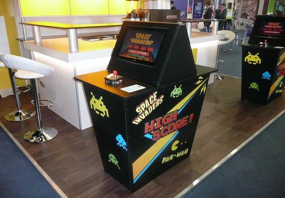 Retro Arcade Video Game Interaction for Aviva