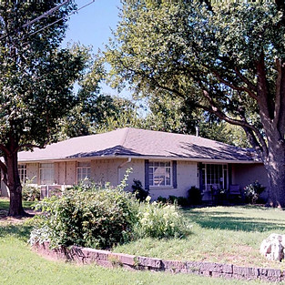1700 Westminster Place, Nichols Hill, OK. 73120