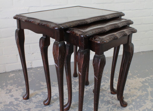 Nest of 3 Rectangular Tables with Queen Anne Style Legs