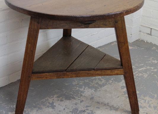 C19th Rustic Oak Cricket Table