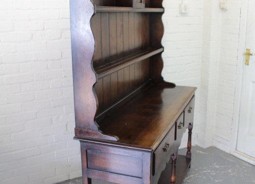 Titchmarsh & Goodwin Oak Pot Board Dresser