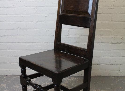 Early C18th Dark Oak Hall Chair