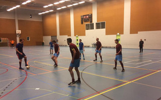 Oliebollen en appelflappen toernooi Zwaluwen Utrecht