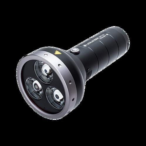 Lampe torche Led Lenser MT18