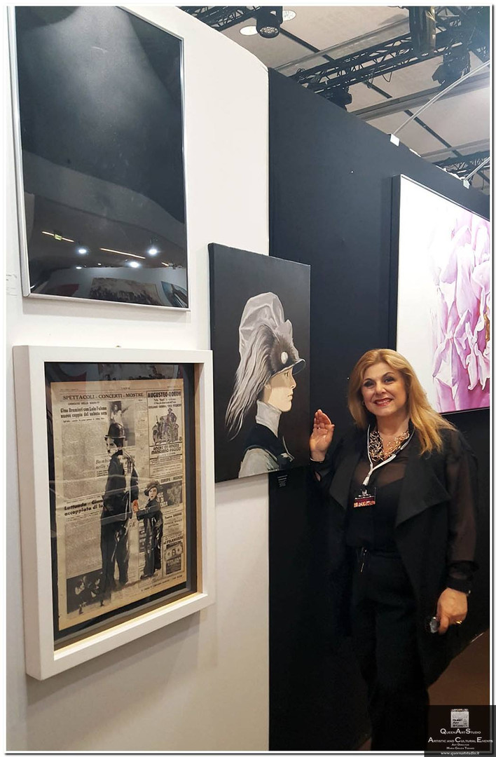 Art Shopping Carrousel du Louvre  event with Queen Art Studio Gallery  Maria Grazia Todaro (director)  Paris