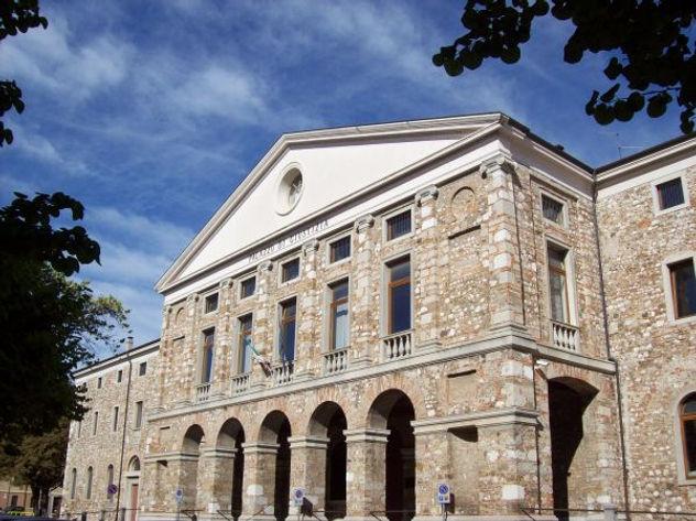 Palazzo di giustizia di Udine