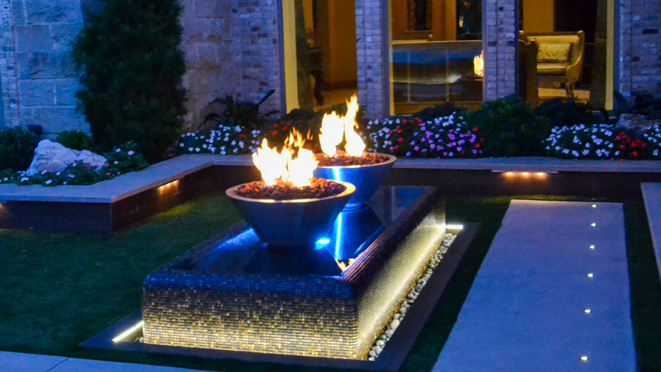 Southlake Fire/Water Bowls in perimeter overflow water feature