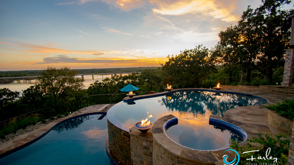 Lakeside Infinity Double Pool