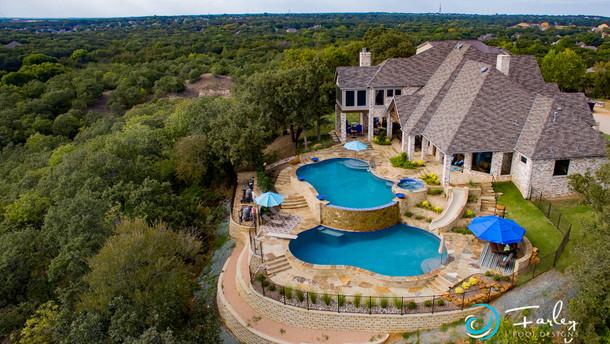 Lakeside Infinity Double pool