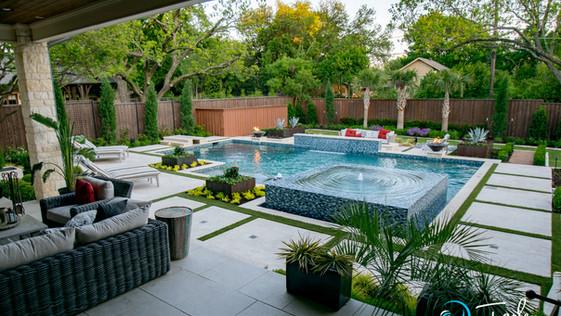 Dallas Transitional Pool Spa 19