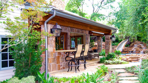 Outdoor Bar/Grilling area
