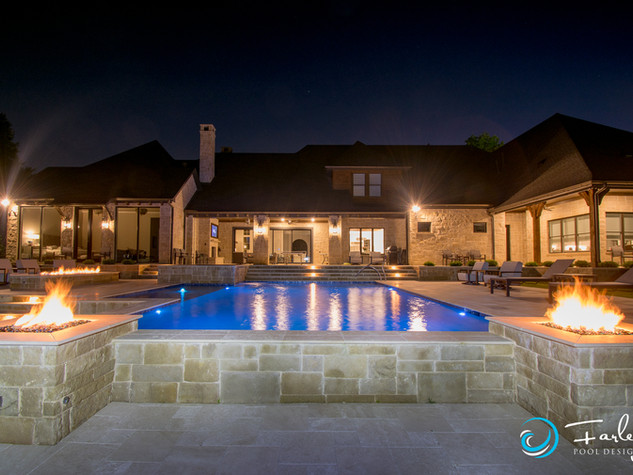 Southlake Hillside Pool with Fire Features