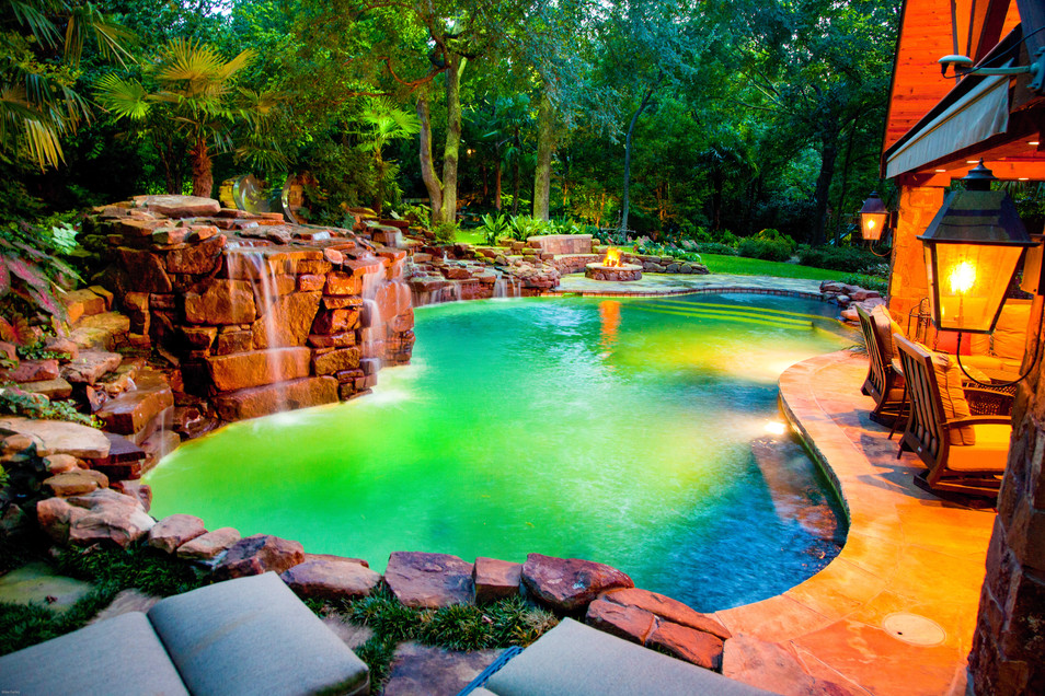 "Dallas ""HGTV Canopy"" Pool"