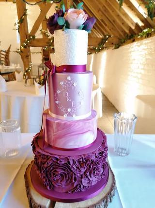 marble-ruffle-wedding-cake-purple