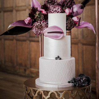 art-deco-pattern-wedding-cake
