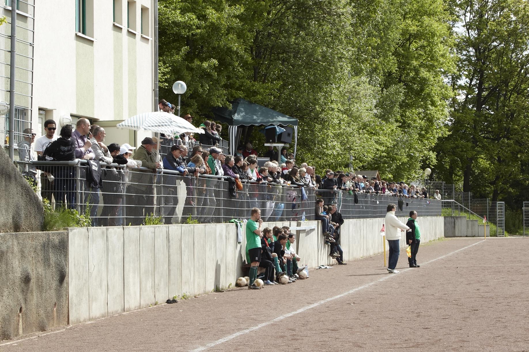 Sportplatz-Fans.jpg