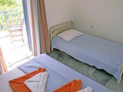 perasma studios greece-andros no1b beds