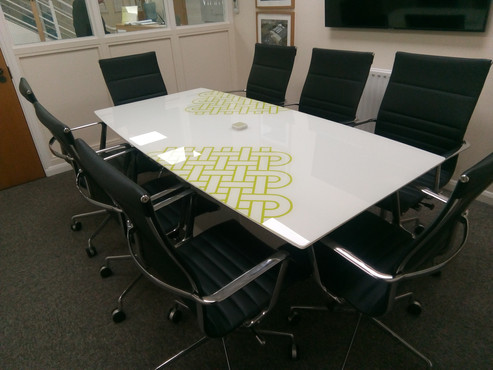 glass table top painted design