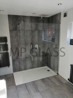 glass shower screen