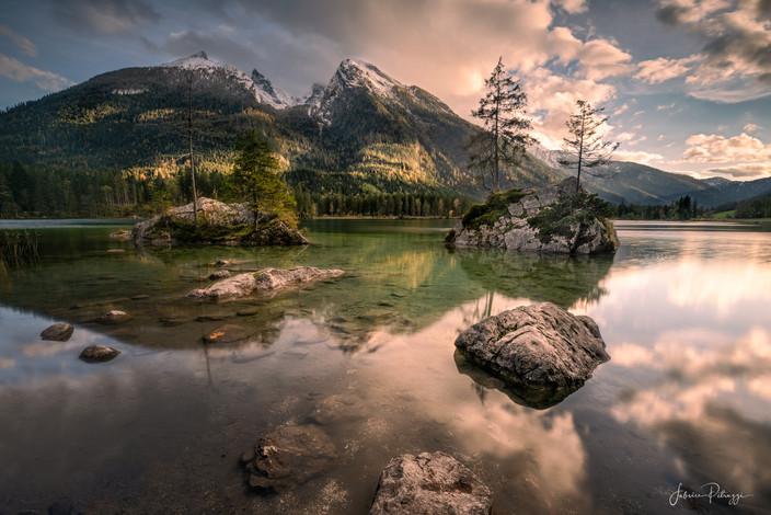 Hinter Lake