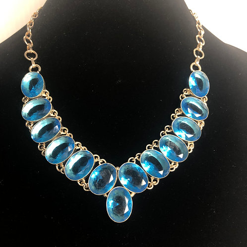London blue topaz necklace in sterling silver with toggle clasp