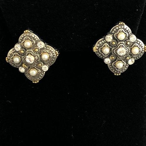 Two tone pearl lever back earrings