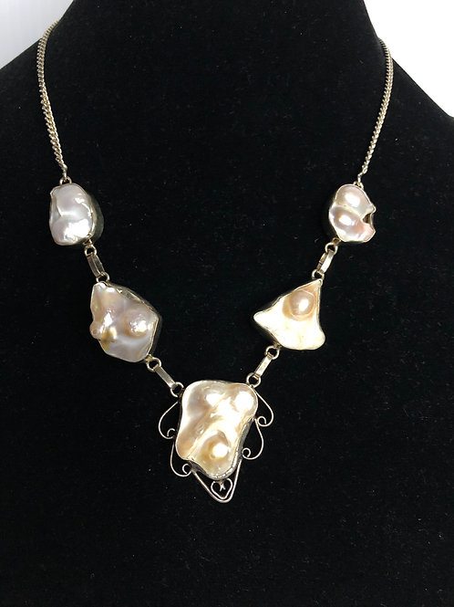 White baroque FWP necklace set in sterling silver 925