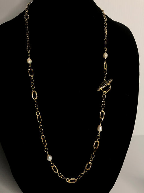 Chain link necklace intermixed with Freshwater Cultured pearls with toggle clasp