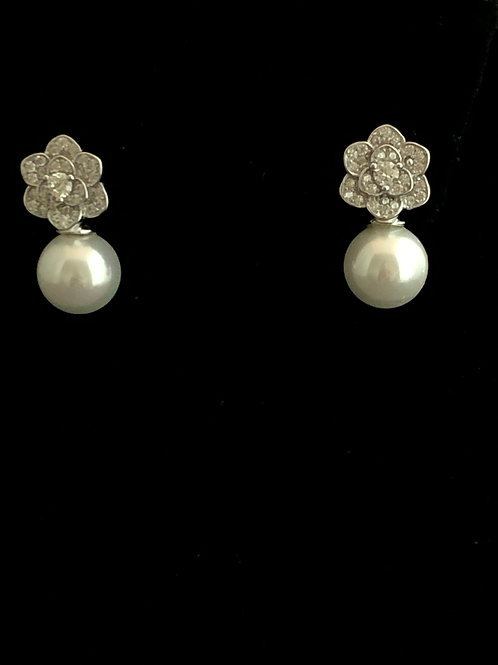 Sterling Silver SEASHELL Pearl Earring with Swarovksi Crystals