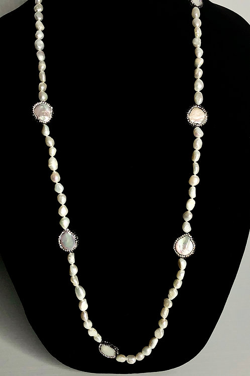 Long white FWP pearl necklace with Swarovski crystals