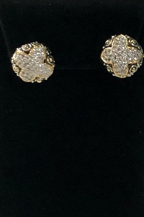 Two tone pierced designer look earring