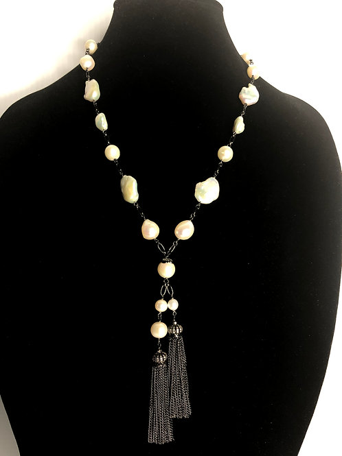 Black tassel necklace with white oval, large FWP