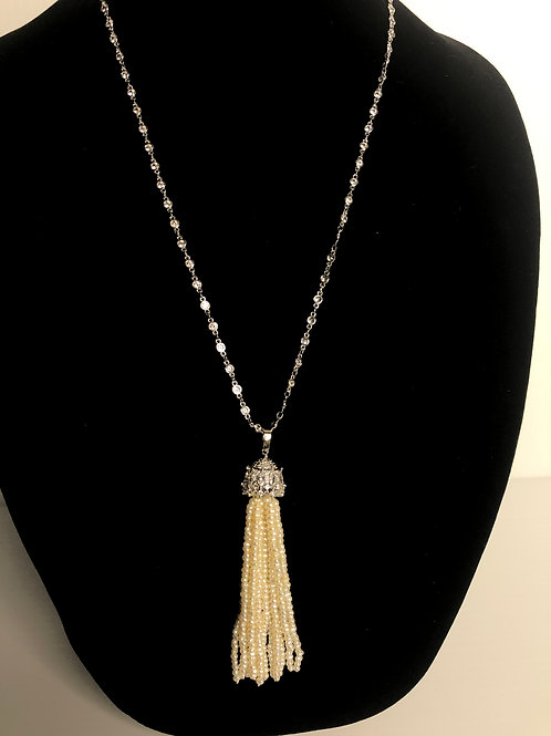 Long S/S diamond by the chain necklace with white FWP