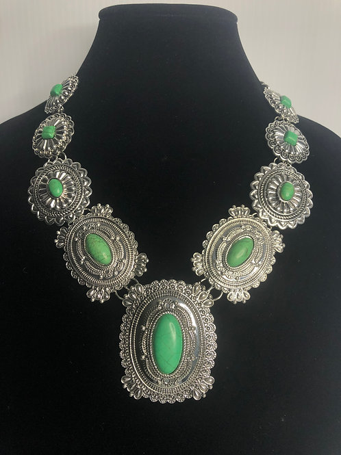 Green howlite western necklace with adjustable clasp