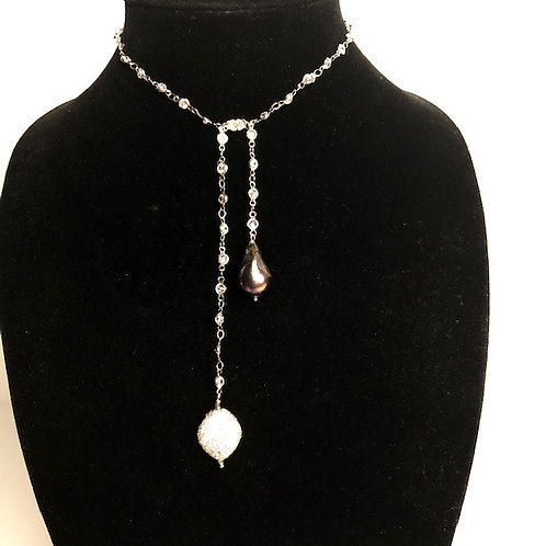 """Diamond chain """"Y"""" drop with Black Freshwater pearl oval drop"""