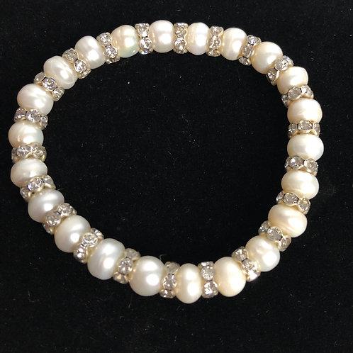 Single strand Freshwater Cultured pearl bracelet