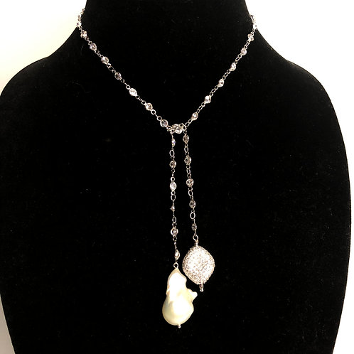 """Diamond chain """"Y"""" drop with white Freshwater pearl oval drop"""