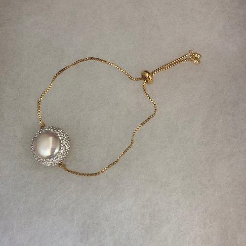 Bolero bracelet with white FWP with Swarovski crystals