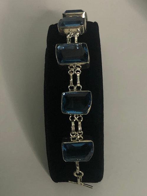 Blue sapphirein sterling silver line bracelet