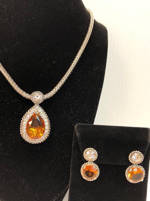 Designer Champagne Tear Drop pendant & earrings