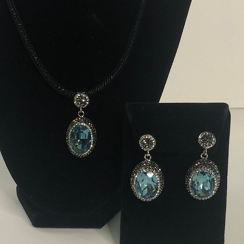 Black mesh necklace with oval shaped SET in Blue Green
