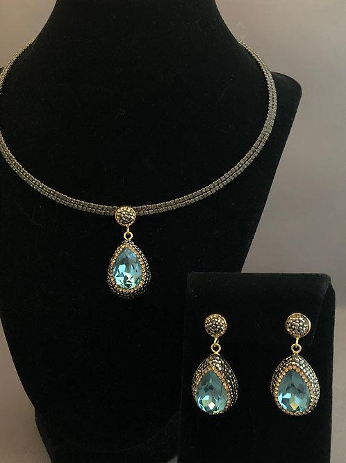 Black Austrian crystal choker blue green Pendant & Earrings