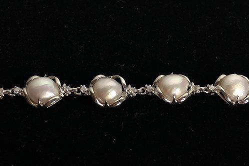 White Freshwater Cultured tennis pearl bracelet