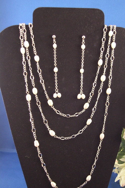 """60"""" white Freshwater Cultured Pearl set"""