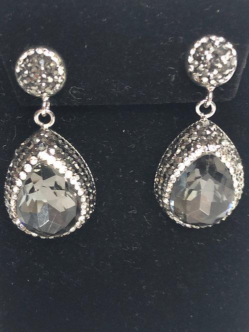 Tear drop crystal Light Gray pierced earrings