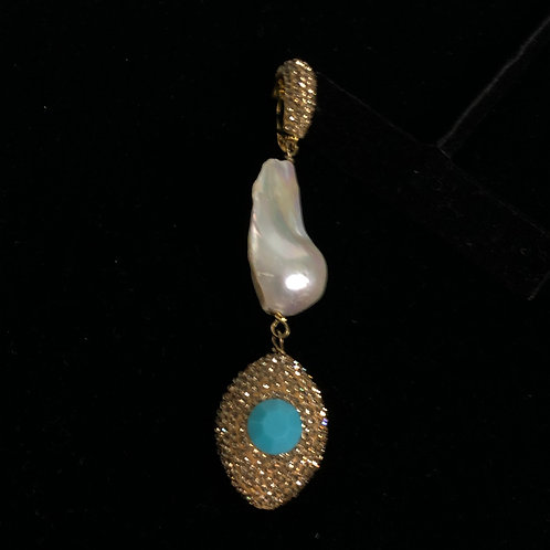 Gold encrusted enhancer with large baroque FWP and turquoise